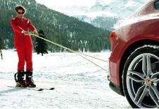 Fiat-erfgenaam skiet achter Ferrari FF