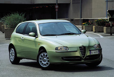 Alfa Romeo 147 3d 1.6 Distinctive (2000)