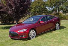 Tesla Model S 85kWh Performance (2014)