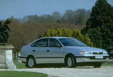 Toyota Carina 5p 2.0 GLi (1992)