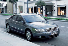 Volkswagen Phaeton 3.0 V6 TDi 4Motion 5places (2002)