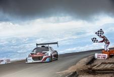 Knap resultaat voor Loeb en Peugeot op Pikes Peak