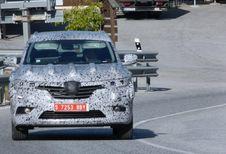 Gros SUV Renault en vadrouille