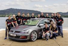 Stagiairs knutselen Volkswagen Golf GTI Heartbeat in elkaar