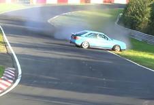 En Audi S2 sur le Nürburgring : gros coup de chance