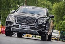 Bentley Bentayga vs Porsche 911 Turbo : qui sera la plus rapide ?