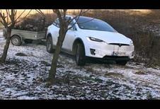Tesla Model X : Et pourquoi pas en utilitaire ?
