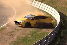 Nürburgring : une Mégane RS l'échappe belle