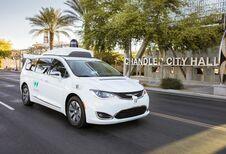 Google laat 600 zelfstandige auto's los in Phoenix