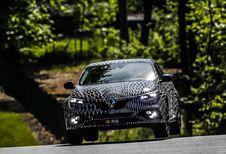4 roues directrices et 2 châssis pour la Renault Mégane R.S.