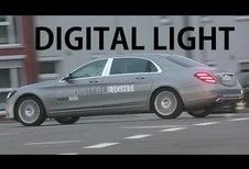 VIDÉO - Mercedes teste ses phares intelligents sur la route
