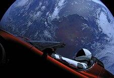 Tesla's ruimte-Roadster kan de aarde raken