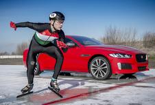 Jaguar lanceert XE en XF 300 Sport… on ice