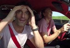 Vidéo – Une 911 GT2 RS confiée à Sharapova et Webber