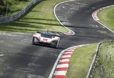 Porsche 919 Hybrid Evo rijdt ronderecord Nordschleife aan flarden (+ on-boardvideo)