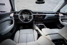 Audi e-tron toont dashboard en buitenspiegelcamera's
