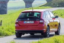 Volgende Škoda Rapid neemt bocht van 180 graden #1