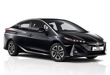 Update geeft Toyota Prius PHV 5 zitplaatsen #1