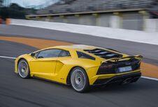 Lamborghini : la remplaçante de l'Aventador repoussée ?