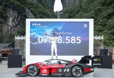 Elektrische Volkswagen ID.R verovert Chinese berg