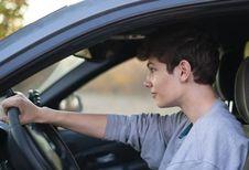 Jonge werkende Belgen verkiezen de auto