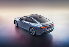 Toyota Mirai tankt waterstof, rijdt elektrisch en komt eind 2020