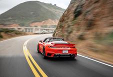 Porsche 911 Turbo S Sport Design ziet er superdik uit