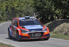Belgen Thierry Neuville en Grégoire Munster scoren in Rally di Alba