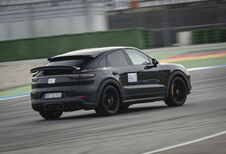 Porsche 'super-Cayenne' in de maak