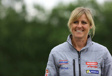 Sabine Schmitz remporte le prix World Car of the Year Woman of Worth