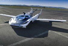 Vliegende auto maakt eerste vlucht van 100 km #1