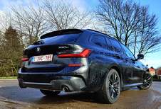 BMW 330e xDrive Touring (2021)