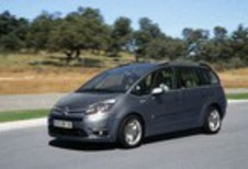 Citroën Grand C4 Picasso 2.0 HDi, Renault Grand Scénic 1.9 dCi 130 & Toyota Verso 2.0 D-4D : Droit d'ingérence