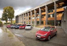Citroën C4 1.6 e-HDi, Honda Civic 1.6 i-DTEC, Hyundai i30 1.6 CRDi 110, Peugeot 308 1.6 e-HDi 115, Seat Leon 1.6 TDI 105 en Volkswagen Golf 1.6 TDI 105 : Frontale aanval