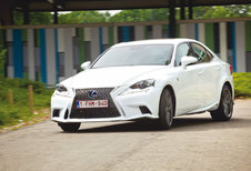 LEXUS IS 300h : Kungfu Panda