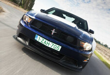 FORD MUSTANG BOSS 302 (2011)