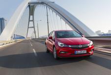 Opel Astra 1.0 Ecotec (2015)
