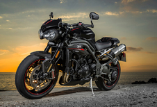 Thriumph Speed Triple RS (2018) - motortest