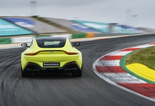 Aston Martin Vantage (2018) - full speed op Portimao