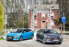 Hyundai Ioniq Plug-in vs Toyota Prius Plug-in #1