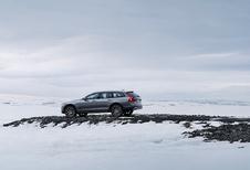 Schaatsen met de Volvo V90 Cross Country (2017)