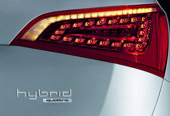 VOOR 2011: Audi Q5 Hybrid #1