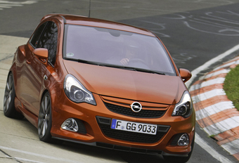 HEEL SNEL KLEINTJE: Opel Corsa OPC Nürburgring Edition #1