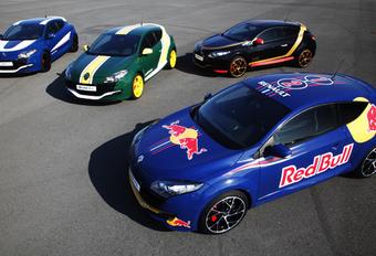 F1-ENGAGEMENT: Renault Megane RS in oorlogskleuren #1