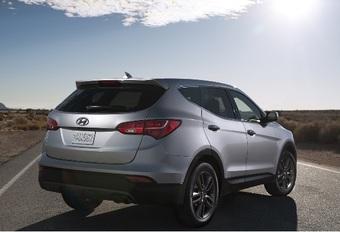 MAG HET WAT MEER ZIJN?: Hyundai brengt nieuwe Santa Fe #1