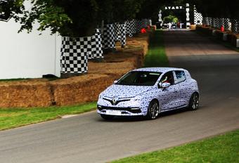 EVEN PRIKKELEN: Renault Clio RS #1