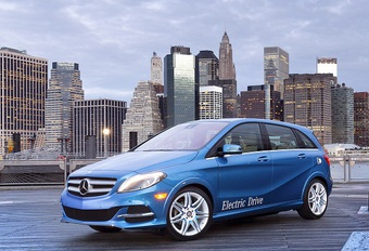 PROPER DOOR NEW YORK: Mercedes B Electric Drive #1