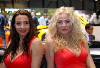 Autosalon Genève: en nu de dames #1