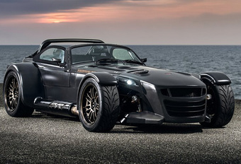 Donkervoort D8 GTO gaat Bare Naked in Carbon #1