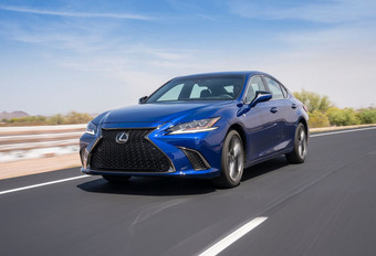 Saloncondities Lexus - Autosalon 2019 #1